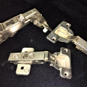 Hinges & Mounting Plates